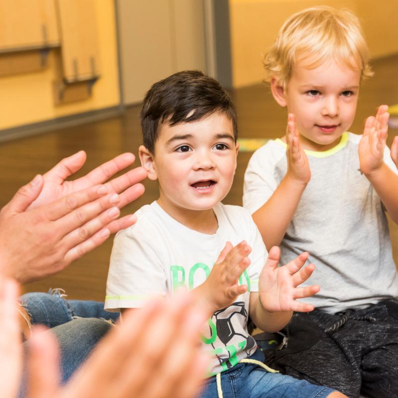 Stepke Akademie:  Alltagsintegrierte Sprachbildung durch Musik- und Bewegungsangebote (U3)