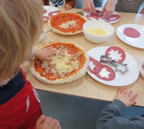 Weihnachtspizza Fliesteder Kids